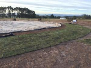 smgc colocação de grama no entorno dos greens 1
